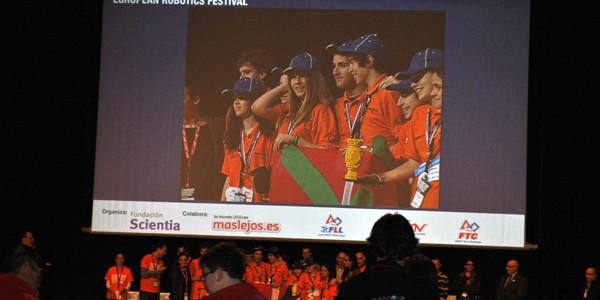 Overclock Axular premiado en la final española de la FLL